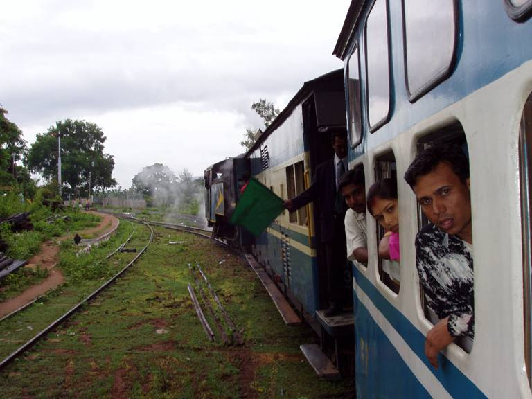 Train to Ooty (Udhagamandalam, Ootacamund)